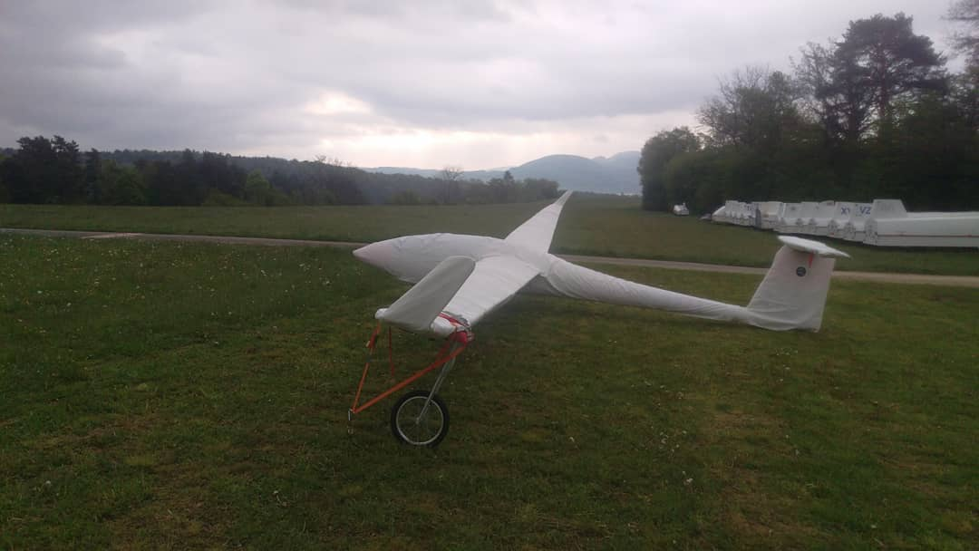 Bad weather this weekend? Time to visit the Swiss Junior Gliding Championship in Dittingen